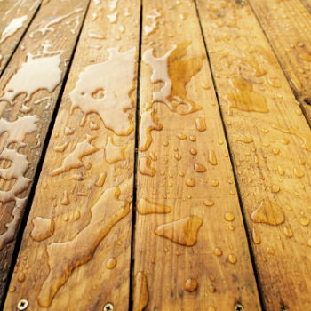 How to seal your deck